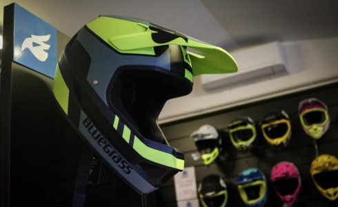 Helmet full face new Finale Ligure rent