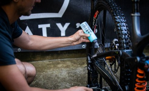 Peaty's link lube review the best all weather lube