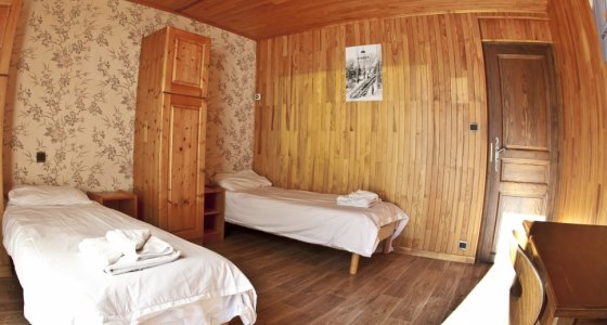 MORZINE MTB CHALET BEDROOM