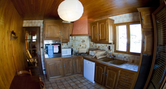 MORZINE MTB CHALET KITCHEN