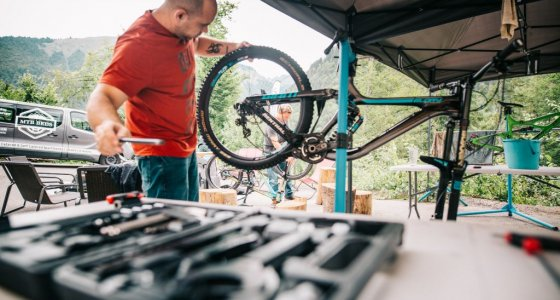 mechanic in morzine at mtbbeds