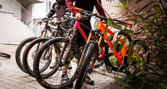 bike wash Finale Ligure accommodation