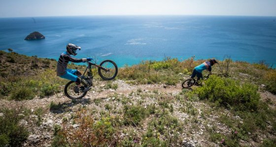 riding your mtn bike in town square finale ligure