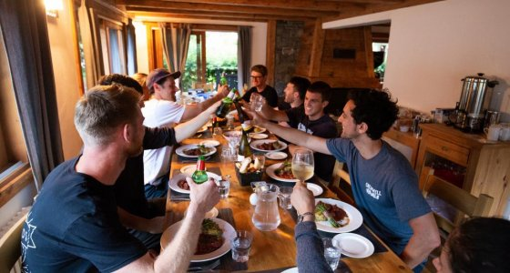 BIG CREW IN MORZINE FOR DINNER