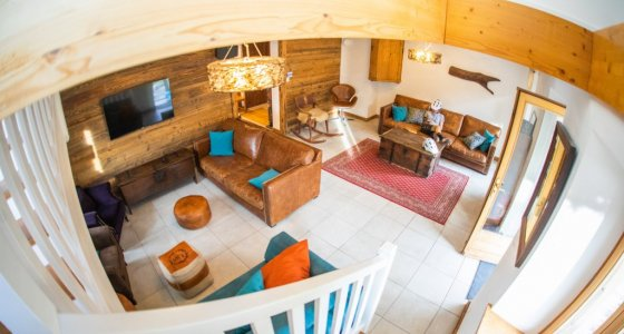 LIVING AREA IN CHALET FIVE25 IN MORZINE MTBBEDS