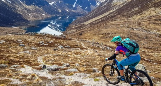 mountain biking in scotland descent