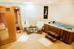 Chalet Ice luxury accommodation in Morzine hottub room