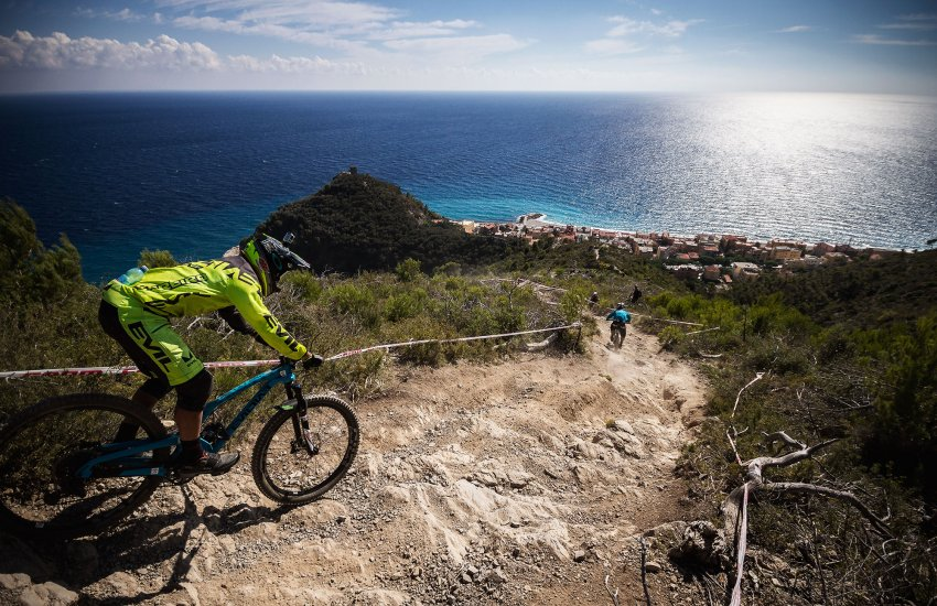 mountain bike tours in finale ligure