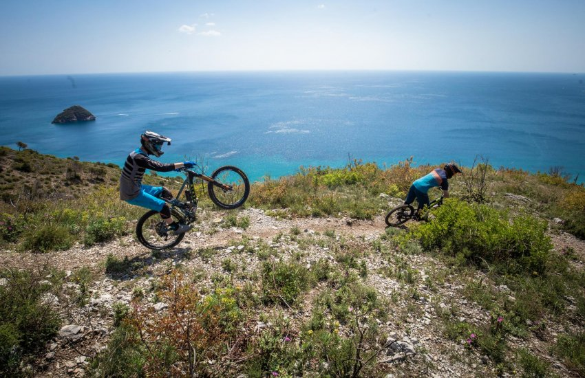 Finale Ligure MTB Holidays with MTB BEDS