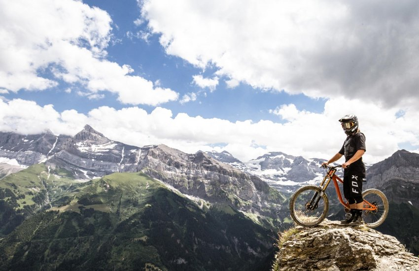 morzine mtb holidays with ash cotterell