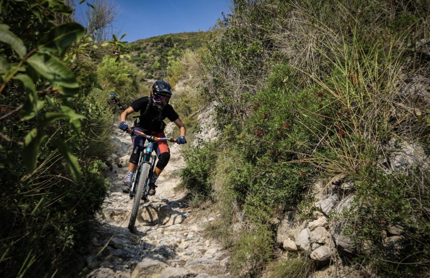 Sandra Boerner mountain bike Guide and Coach in finale ligure