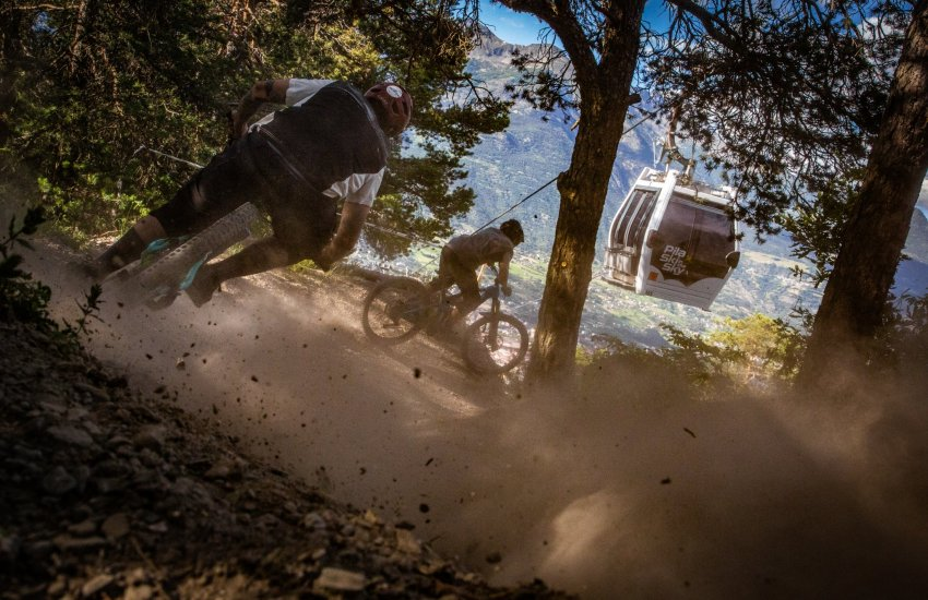Morzine mountain bike day trips with MTB BEDS to Pila, la Thuile and Samoens